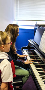 Individual Singing lessons. piano lessons